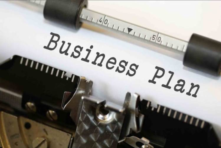 10 Useful Tools for Writing a Business Plan