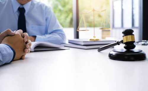 Difference Between Corporate Law and Corporate Litigation